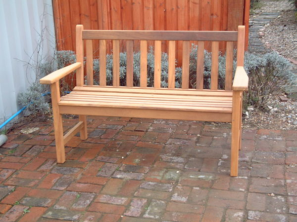 castleham-bench