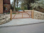 charleston-gate-360cm-front-view