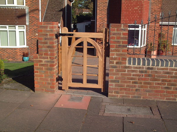 charleston-gate-90cm-gothic