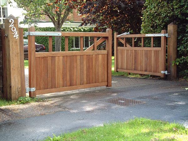 kingston-gate