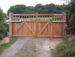 maresfield-gate-straight-top-rear-view