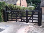 seaford-gate-210cm-with-engraving