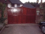 sevenoaks-gate-curved-top-mahogany-alternative-view